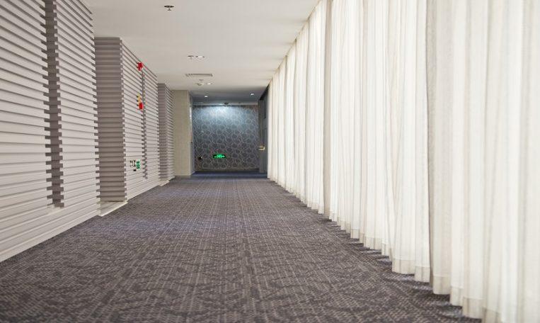 חברת ניקוי שטיחים מקיר לקיר מובילה - מקצוענים 2000